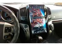 """Штатная мультимедийная система в стиле Tesla для Toyota Land Cruiser 200 Огромный экран 16"""""""