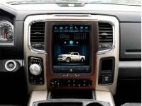 Штатная мультимедийная система в стиле Tesla для Dodge Ram на OS Android 8.0.1