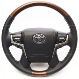 Руль для Toyota Land Cruiser 200 2007-2021 в оригинальном стиле